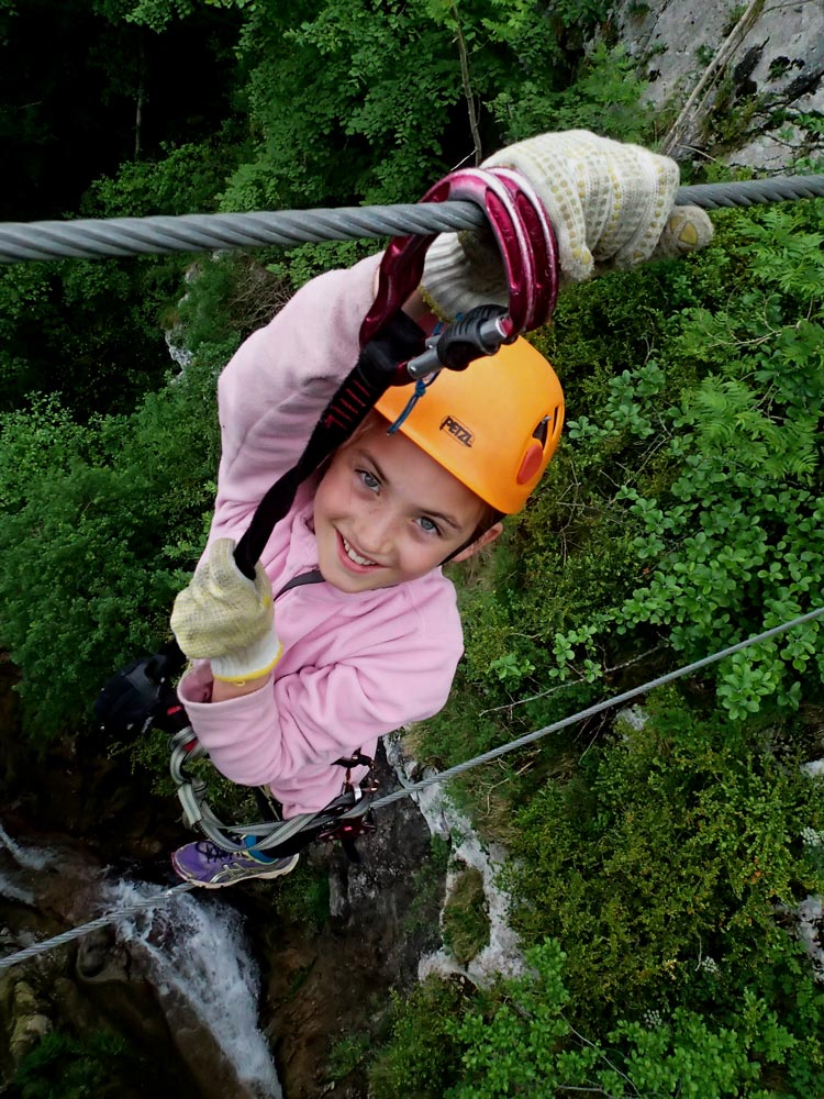 Horizon Vertical, Roc'Aventure, activités outdoor, outdoor activities, activités de pleine nature, Ariège, Pyrénées, Couserans